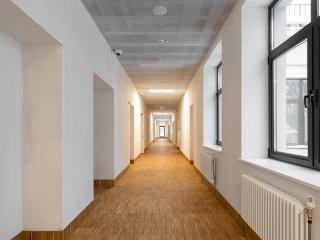 FORM_hallway_AR